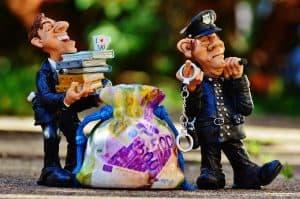 שוטר כסף ועורך דין